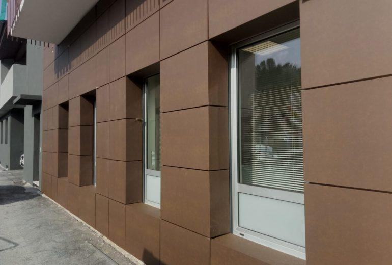 Doghe di facciata Salumificio Marchisio – Pianfei (CN)